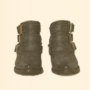 Shoesday Tuesday: Jeffrey Campbell's Buckle Back AnkleBoot